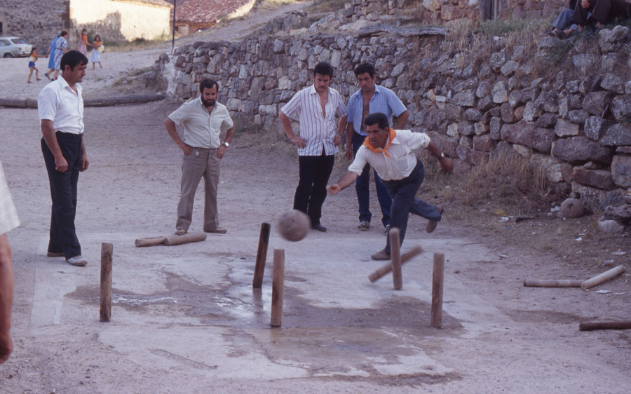 BU_Torrelara_Juego-de-Bolos_Julio-1982_Fiestas-San-Cristóbal_foto-Benito-Arnáiz_007