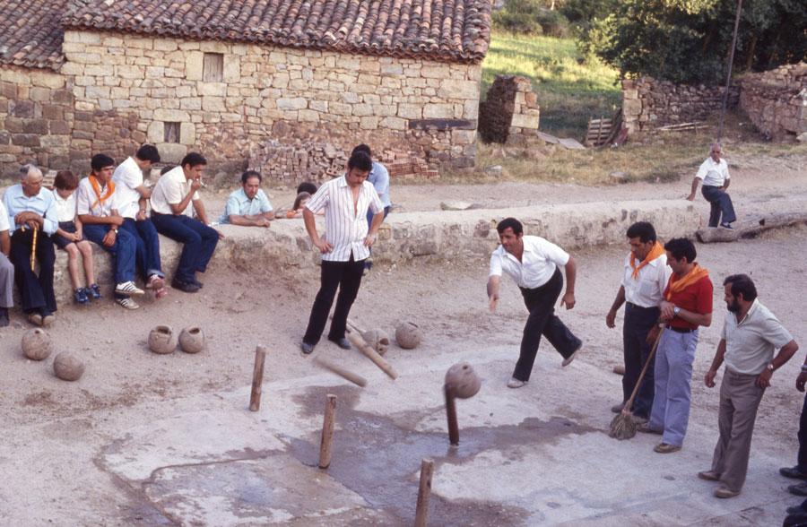 BU_Torrelara_Juego-de-Bolos_Julio-1982_Fiestas-San-Cristóbal_foto-Benito-Arnáiz_002